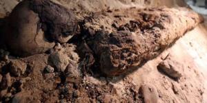 Mısır'da yer altı mezarlığında 17 mumya Bulundu