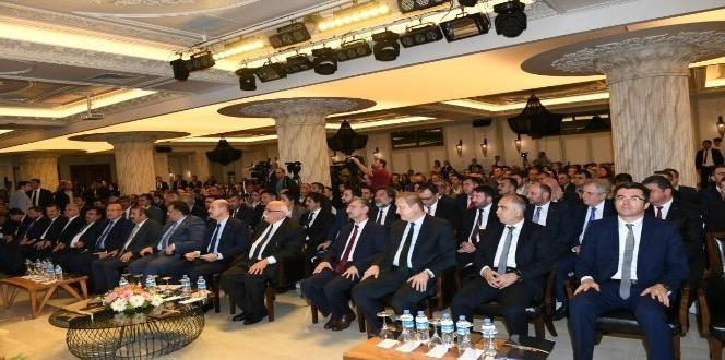 """Rize'de """"Doğu Karadeniz Turizminin Geliştirilmesi ve Çeşitlendirilmesi"""" paneli"""