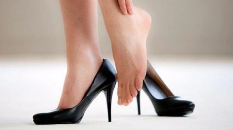 Topuklu ayakkabı giymeden de uzun gözükebilirsiniz