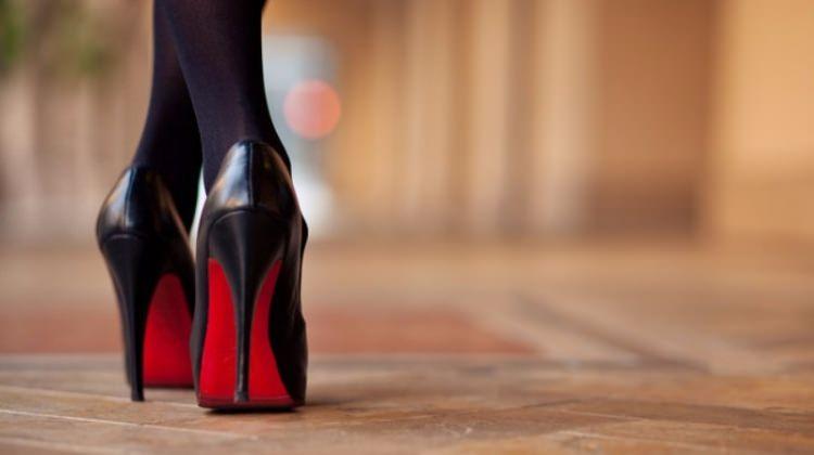 Vurmuş ayakkabı ile nasıl yürünür?