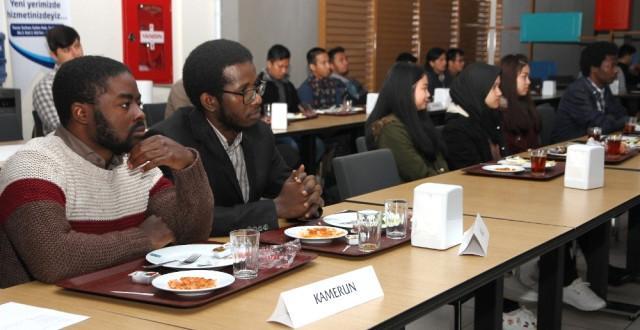 Başkan Kasap Rize deki Yabancı Öğrencilerle Kahvaltıda Buluştu