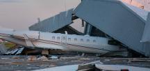 Fırtınayla havalimanında hangar çöktü