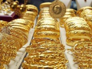 Ablalarına emanet ettikleri altınların sahtesini geri aldılar