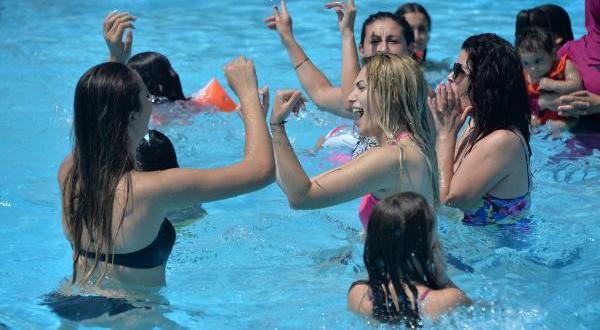 Adana'da Galibiyet Bayramı kutlamaları