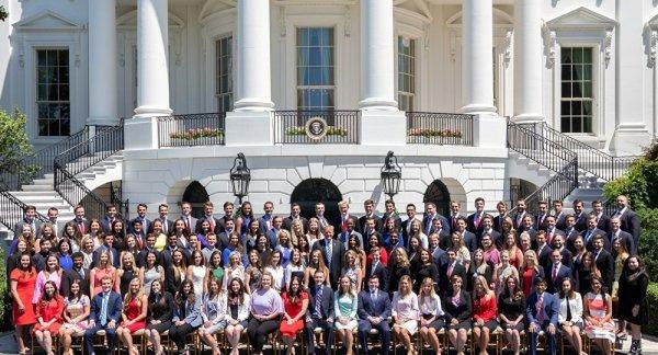 Beyaz Saray'ın kavga yaratan stajyer fotoğrafı