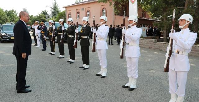 Cumhurbaşkanı Erdoğan: 'Ordumuzun Yerli ve Ulusal Vasfını Güçlendireceğiz'