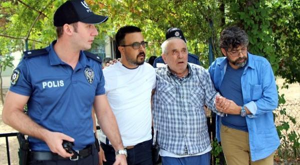 Eşini rehin alan 84 yaşındaki adam yakalandı