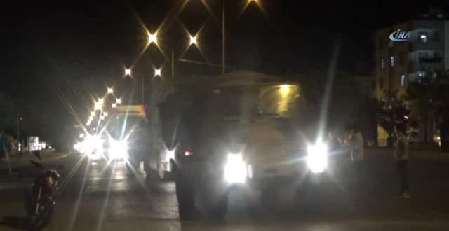 Kilis'ten İdlip Sınırına Komando ve Topçu Bataryaları Sevk Edildi