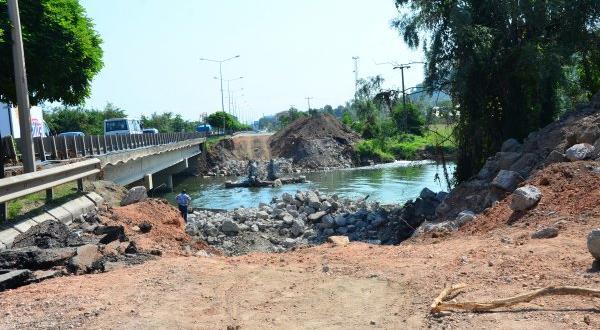Ordu'da selin yıktığı köprüde çalışmalar başladı
