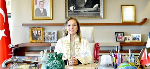 Rektör Çakar 30 Ağustos Zafer Bayramını Kutladı