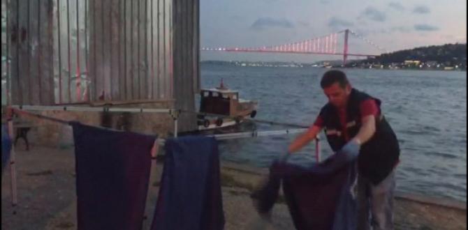 Üsküdar 'da sahile vurmuş gövde bulundu