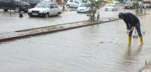 Bandırma'da sel hayatı olumsuz etkiledi