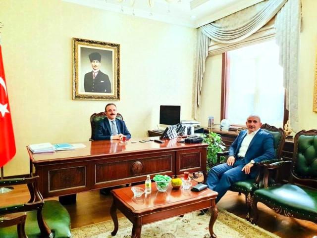 Başkan Kara Başkan Yardımcısı Çataklı'yı Ziyaret Etti