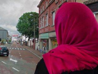 Belçika'da Müslüman kadınlar İslamofobik hücum aşağı