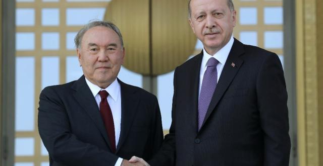 Cumhurbaşkanı Erdoğan, Kazakistan Cumhurbaşkanı Nazarbayev'i Resmi Törenle Karşıladı