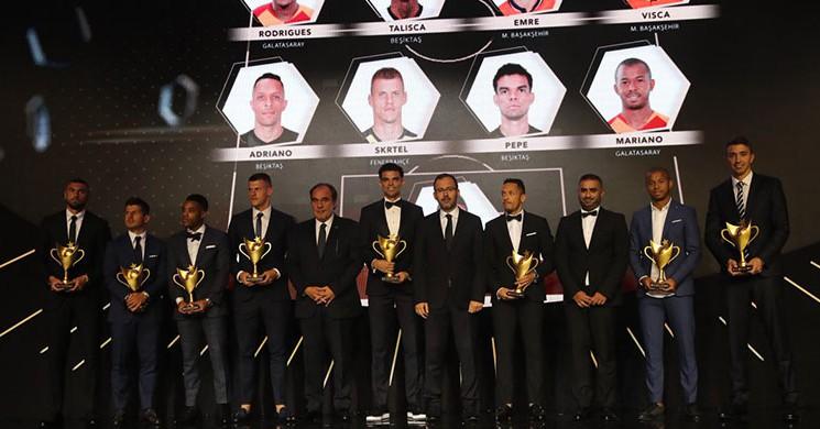 'Futbolun Süperleri' Ödüllerine Kavuştu!