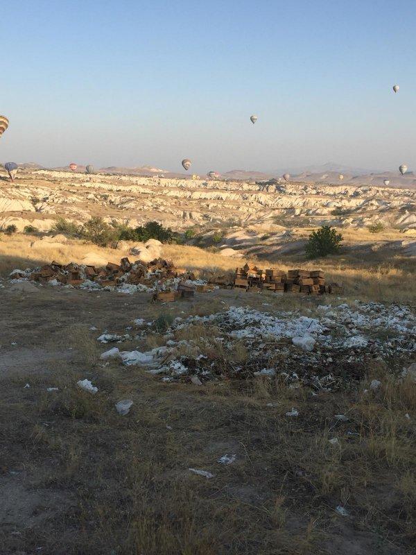 Tarihi Göreme Milli Parkı çöpten geçilmiyor