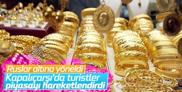 Turistler altın alım-satımını hareketlendirdi