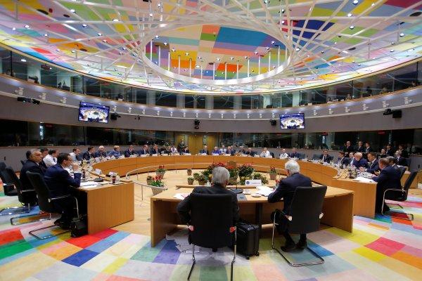 AB liderleri Brexit anlaşmayı onaylaması