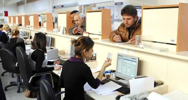 Düzenlemede Sona Gelindi! Halk Çalışanları Yarım Zamanlı Çalışıp, Tam Maaş Alacak