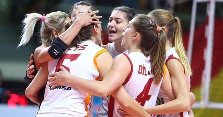 Galatasaray, Romanya 'dan Ayrıcalıklı Döndü!
