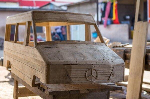 Gana'da ölenlerin arzularını yansıtan özel tasarım tabut