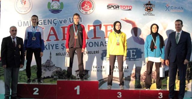 Üniversiteli Esra Türkiye Şampiyonu Oldu