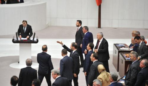 AK Parti Grup Başkanvekili Muş: 'Kılıçdaroğlu'nu Devirecek Tek Birey Demirtaş'tır'