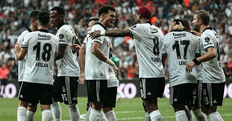 Beşiktaş 'ın 2 Yıldızı Galatasaray Derbisinde Forma Giyemeyecek!