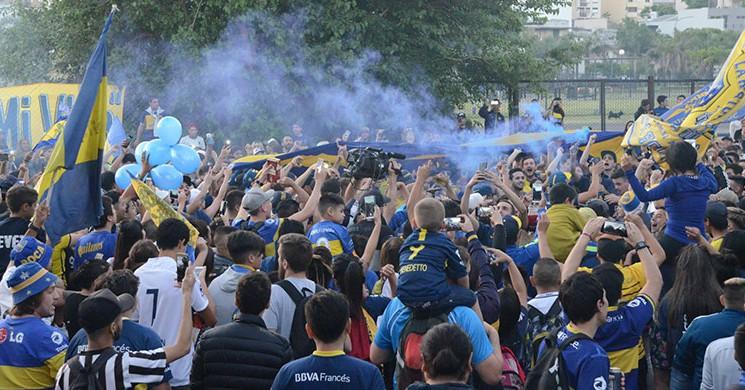 Boca Juniors Taraftarı Libertadores Finali Öncesi Takımını Uğurladı!