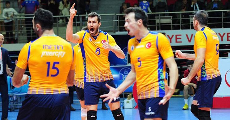 İstanbul BB, 8 'li Finaller İçin Sahaya Çıkıyor!
