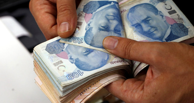 Memur-Sen'den En Düşük Ücrette 2 Bin Lira Çağrısı