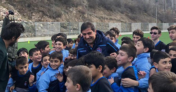 Ünal Karaman Artvin 'de Trabzonspor Futbol Okulu Açılışına Katıldı!
